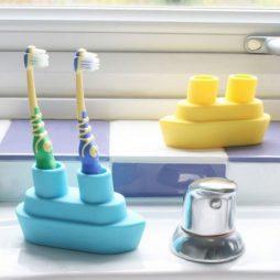 boat_toothbrush_holder_01
